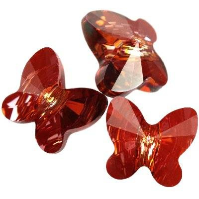 Swarovski perhonen 8 mm Crystal Red Magma